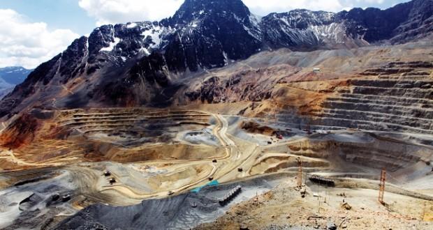 Gerente de Codelco reconoce que proyecto Andina 244 afectará a seis glaciares