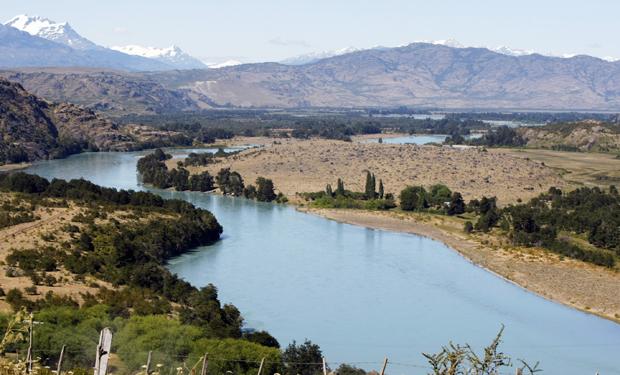 HidroAysén usa informe de nuevo contralor en defensa por derechos de agua negados