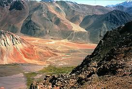 Multitudinaria marcha contra proyectos en el valle del Huasco