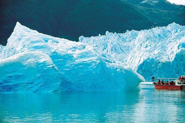 Mineras y firmas de geotermia en picada contra proyecto de ley de protección de glaciares