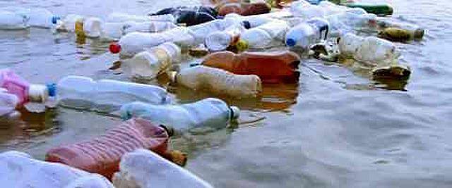 Cerca de 35 mil toneladas de basura flotan en el mar