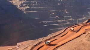 Costos de energía y escasez de agua persisten como mayores trabas para invertir en minería