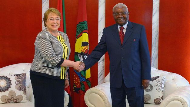 Bachelet busca intensificar relaciones con Mozambique en materia energética