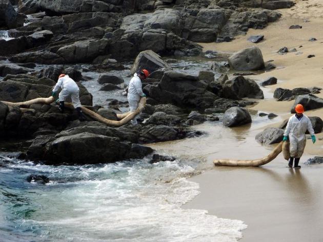 Cámara exigió medidas para habitantes de bahía de Quintero afectados por derrame de petróleo