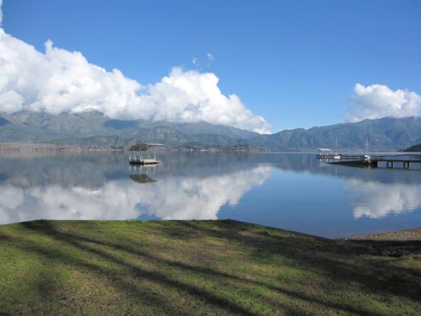 Laguna Aculeo: agua de nadie