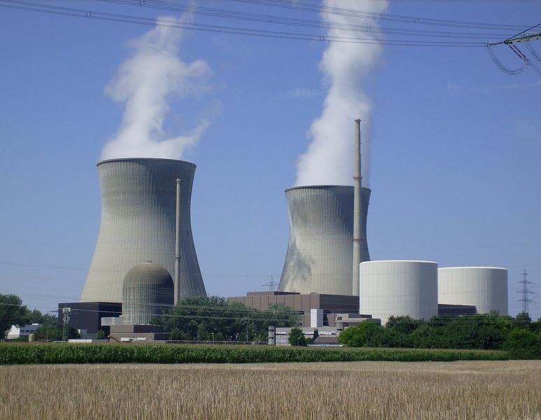 J. A. Guzmán: Chile no puede dejar estudio de energía nuclear