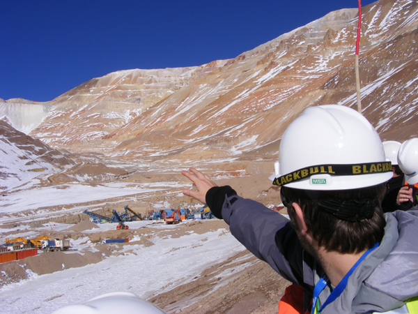 Sala analizó situación de incremento de concesiones mineras que afectan a comunidades indígenas