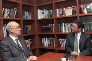 Presidente del Tribunal recibió saludo protocolar del Ministro del Medio Ambiente