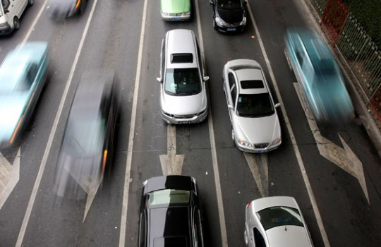 """Hasta $2 millones pagan vehículos nuevos en debut de """"impuesto verde"""""""