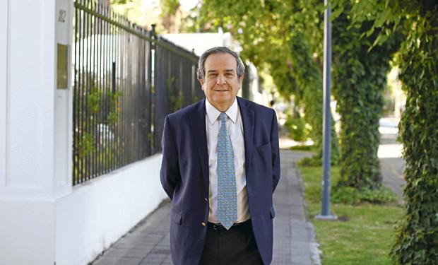 """Presidente de la CPC dice que orden de demoler tranque El Mauro """"es una aberración"""""""