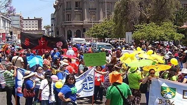 Masiva marcha contra la contaminación en Antofagasta