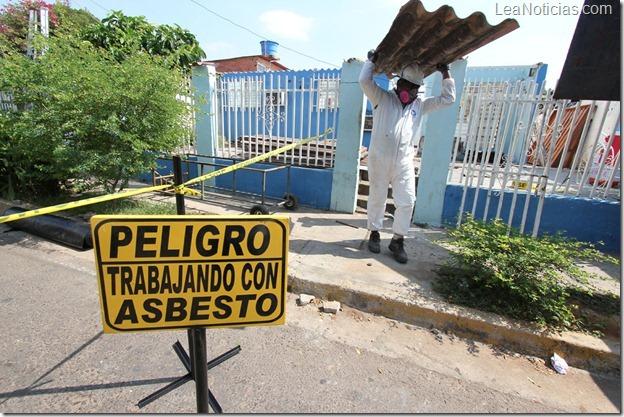 Asbesto en escuela de Pirque: Seremi de Salud entabla sumario contra constructora y corporación de educación