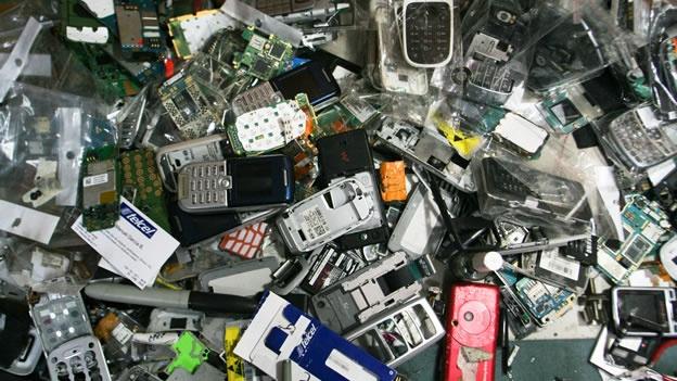 Chile es el país que genera más basura electrónica por persona en Latinoamérica