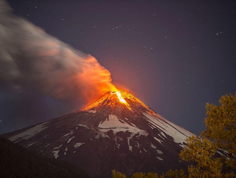 Sernageomin fija cauces de riesgo en caso de erupción de Volcán Villarrica