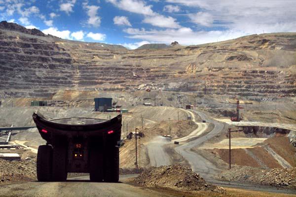 Autoridad ambiental propone aprobar inversión de Los Bronces