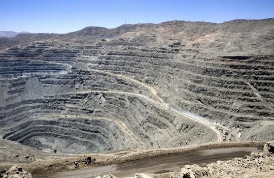 Ingresa iniciativa para exigir evaluación de impacto ambiental al traslado de minerales
