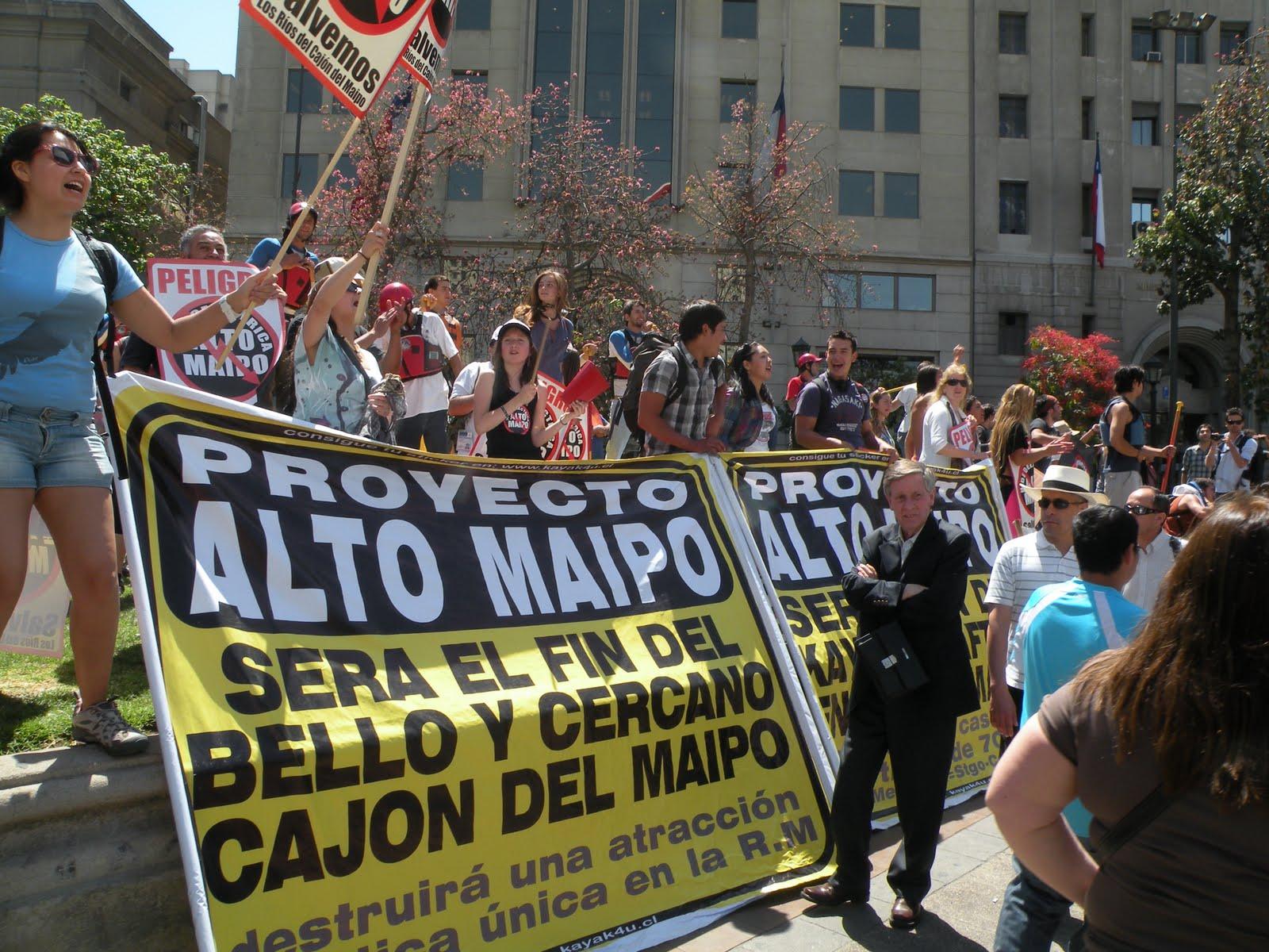Opositores a Alto Maipo cuestionan a Bachelet por autorizar exportación de energía a la transnacional estadounidense Aes Gener