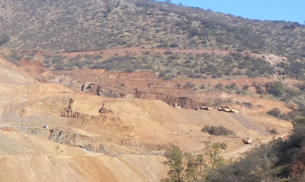 Tribunal Ambiental condena a Minera Esparta a reparar el daño ambiental en Quebrada de La Plata en Maipú