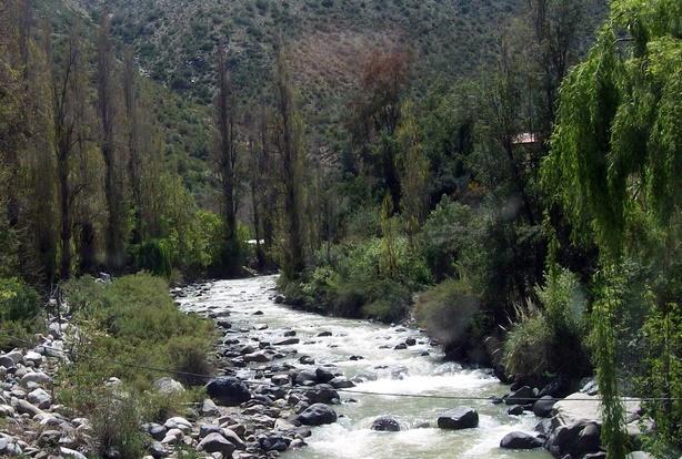 Andina afirmó que niveles de arsénico en aguas del río blanco cumplen parámetros establecidos en las normas chilenas