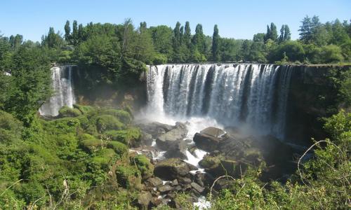 Vecinos del río Laja presentaron una demanda por daño ambiental contra hidroeléctrica