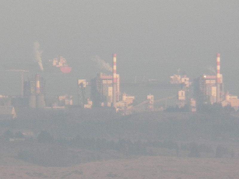 Contralor critica las normas primarias para enfrentar la polución