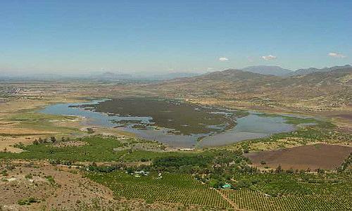 Rescate de humedal reducirá déficit de áreas verdes en Santiago