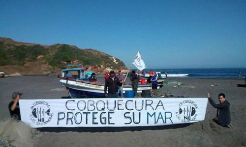 Comunidad costera de Ñuble marchó en rechazo a la instalación de centros acuícolas