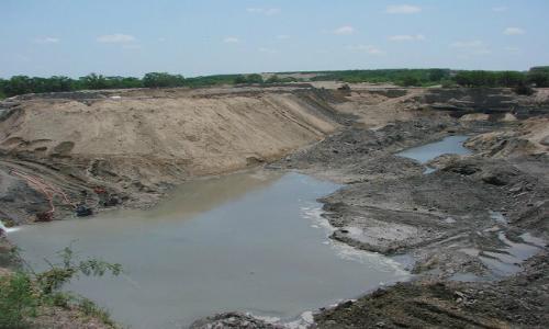 Exigen al gobierno que rechace las tronaduras en minería del carbón