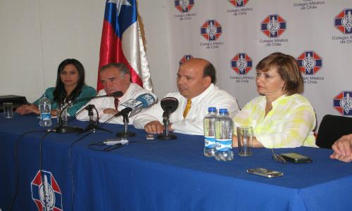 Médicos de Antofagasta emplazan a candidatos a brindar soluciones por alto índice de cáncer