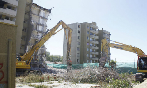 Detienen obras de reconstrucción de edificios en Hualpén por ruidos molestos