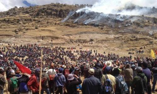 Perú: continúa bloqueada vía alternativa de proyecto minero Las Bambas
