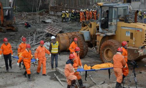 Al menos 67 muertos en el derrumbe de una central eléctrica a carbón en China