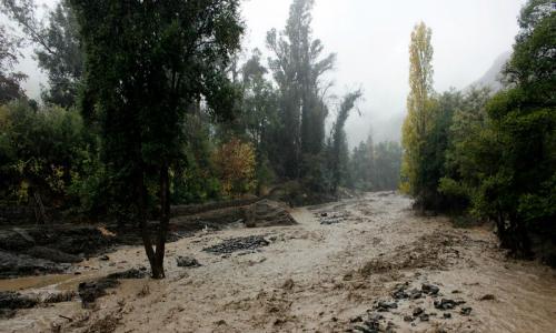 Lluvias en San José de Maipo generan segundo corte masivo de agua del año