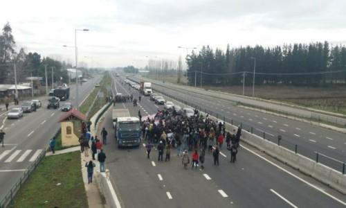 Con protesta en Concepción vecinos de Cabrero visibilizan conflicto ambiental
