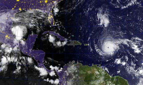 Por qué los huracanes como Irma se hacen mucho más fuertes sobre el agua