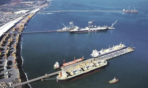 Copec proyecta levantar dos terminales marítimos para combustibles en Coronel