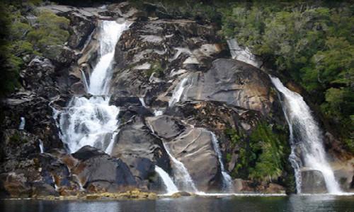 Decretan nuevo Parque Nacional Cerro Castillo y ampliación Parque Isla Magdalena