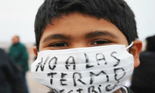 Derechos humanos y termoeléctricas a carbón: El aire que respiran las comunidades en las zonas de sacrificio en Chile
