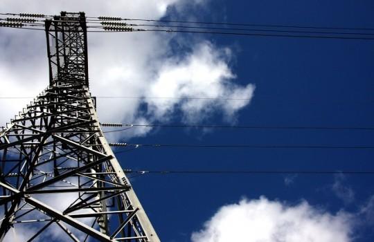 Coordinador Eléctrico repone plan para construir mayor línea eléctrica del país