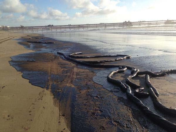 Enap ejecuta plan de inversiones para evitar nuevos derrames de hidrocarburos al mar en Quintero