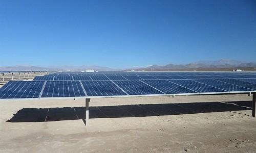 Inauguran parque solar El Pelícano y fijan desafíos para el próximo gobierno