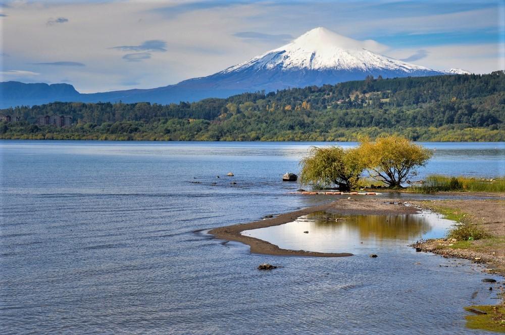 """Decreto presidencial declara el lago Villarrica como """"zona saturada"""" y obliga a ejecutar plan de descontaminación"""