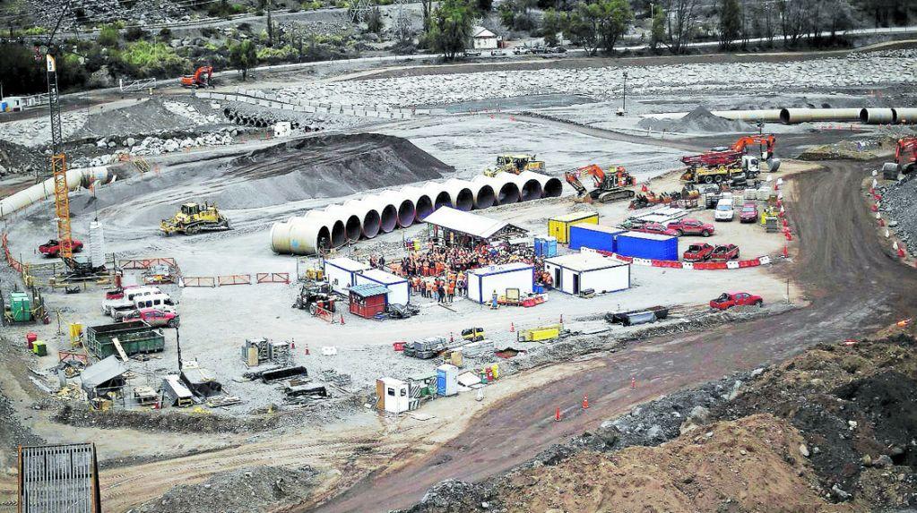 AES Gener reporta avance del 68% en obras de Alto Maipo