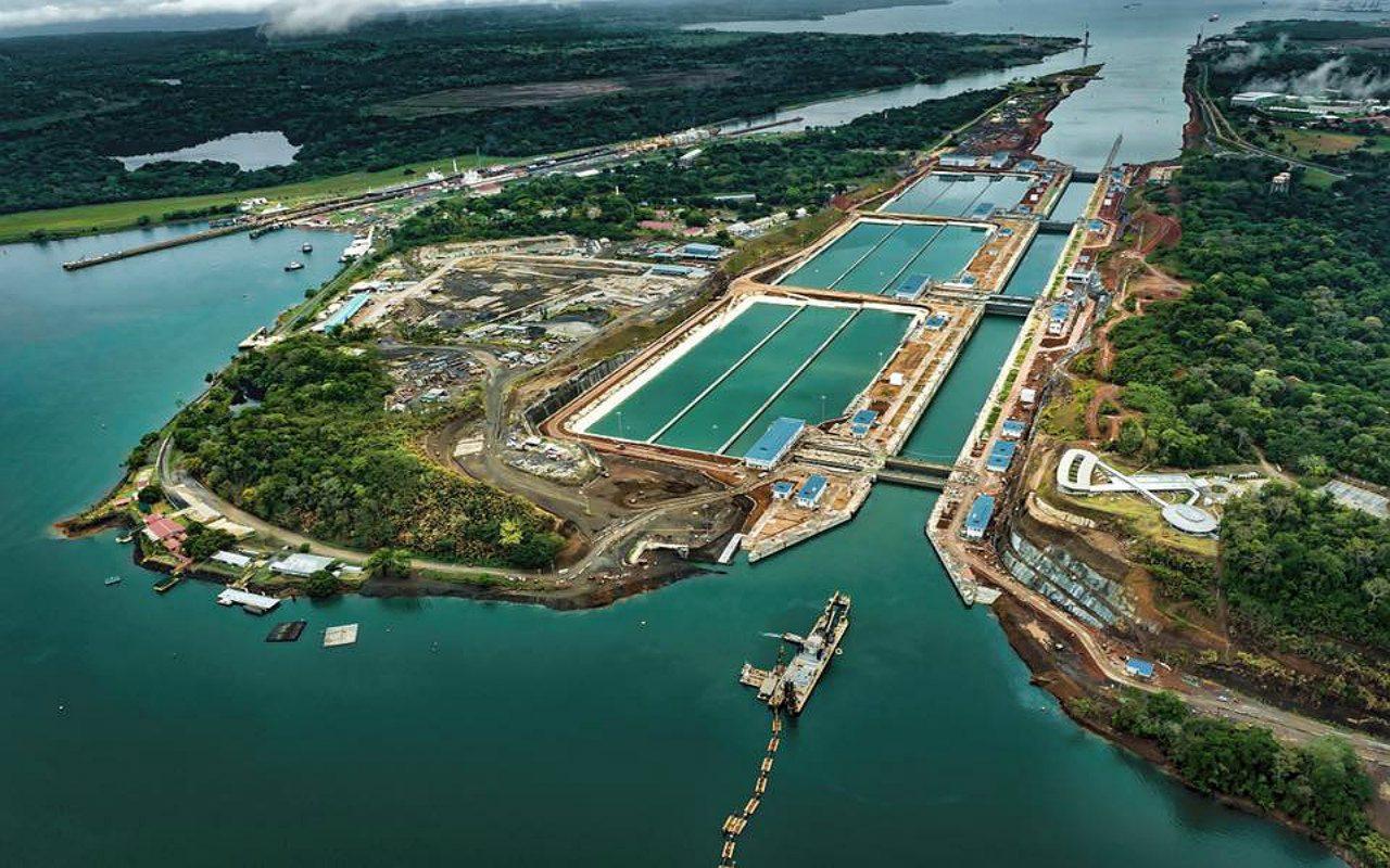 Canal de Panamá descarta ampliación hasta 2025 por falta de agua