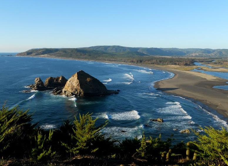 Corte Suprema garantiza libre acceso a playa de Topocalma