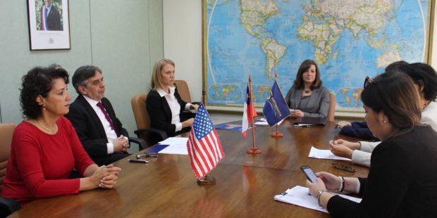 Sernapesca sella acuerdo para facilitar intercambio de información con Estados Unidos