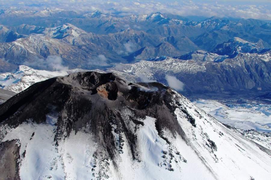 Expertos mantienen alerta ante posible erupción en Región del Biobío
