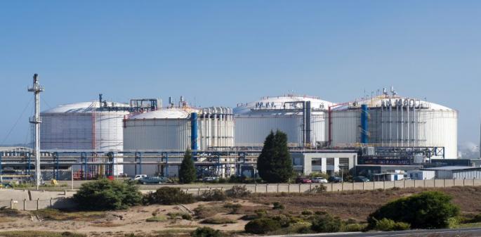 Enap responde a la SMA y culpa a Gasmar por episodios tóxicos en la Bahía de Quintero