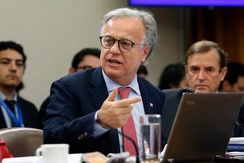 Puchuncaví-Quintero: diputados critican gestión del ministro de Salud