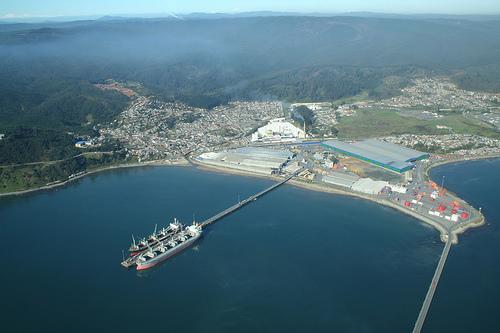 GNL Penco-Lirquén pospone arriendo de terminal flotante de regasificación